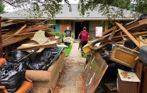 Floods Damage Louisiana Homes, Locals To Rebuild