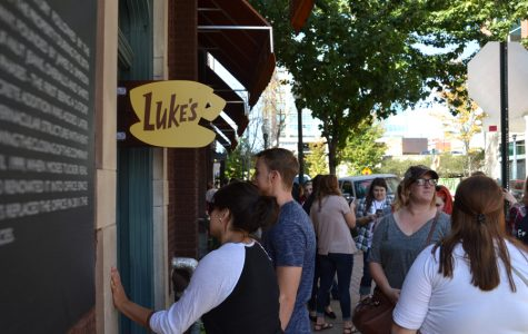 'Gilmore Girls' Coffee Shop Pops Up Downtown