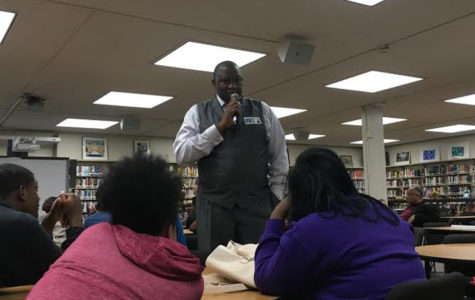 Speaker Frank Stewart Gives Help, Advice to Students
