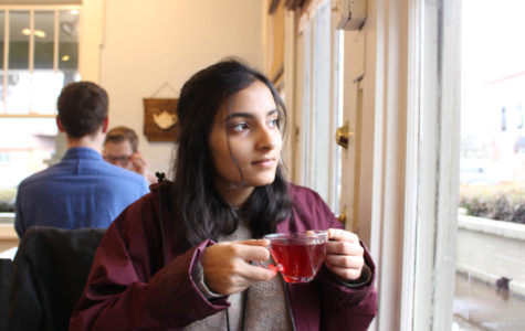 Senior Aashna Farishta tries a cup of tea, perfect for a cloudy day. (Photo by Annalise Novicky)