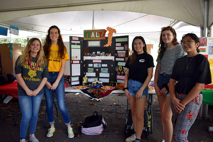 (From Left) Latin Club members seniors Abby Walton, Madeline Wood, Jasmine sloan, Makenna Whittington, and Lizzie Hutson represent Italy in competition at World Fest. (photo by Mollygrace Harrel)