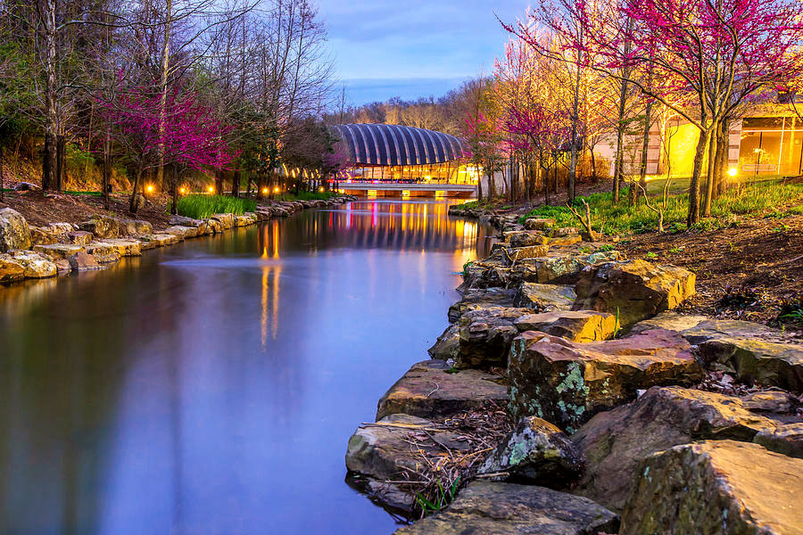 Crystal Bridges is one of the places I really want to go before I leave Arkansas. I've heard so much about their amazing art and architecture and it looks beautiful. Crystal Bridges was founded by the Walton family, and is located in Bentonville, Arkansas. (photo courtesy of Gregory Ballos)